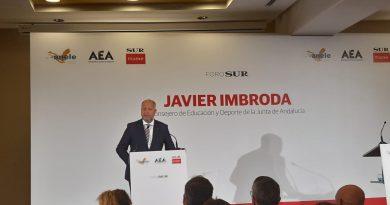EL CITOP de Andalucia Oriental, asiste al desayuno coloquio con Javier Imbroda, Consejero de Educación y Deporte de la Junta de Andalucia.